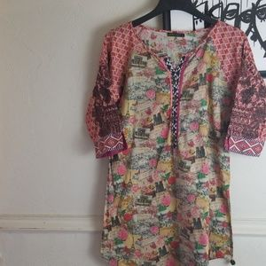 Limelight Parisian theme tunic size large B1